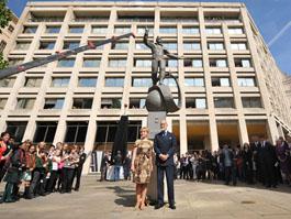 Скульптуру Гагарина работы ижевчанина открыли в Лондоне