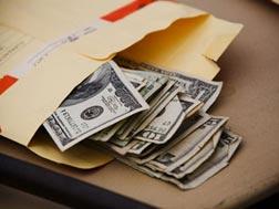 Средний размер взятки возрос до 10 тысяч долларов