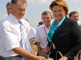 Президент Удмуртии стал почетным работником агропромышленного комплекса