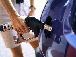 Ижевский предприниматель продал поддельного топлива почти на 600 тысяч рублей