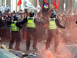 На севере Лондона 200 человек устроили новые беспорядки