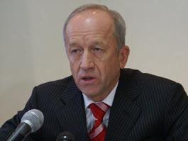 Дмитрий Медведев наградил премьер-министра Удмуртии Юрия Питкевича Орденом Почета