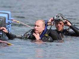 Владимир Путин на дне Таманского залива нашел две амфоры, ждавшие его с 6 века