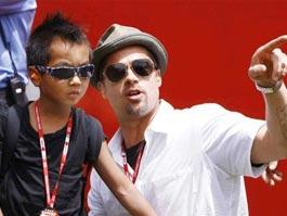 Сын Анджелины Джоли получил первую роль в кино