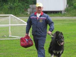 Накануне 1 сентября школы Ижевска обследуют кинологи с собаками