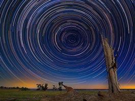Австралиец сфотографировал вращение Вселенной