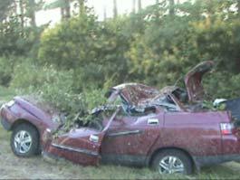В Удмуртии пьяная компания угнала новенький автомобиль и разбилась на нем насмерть