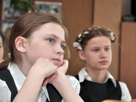 Министр образования Удмуртии надеется, что вслед за повышением зарплат в школу потянутся молодые специалисты