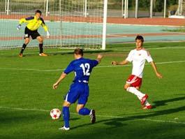 «Зенит-Ижевск» сыграет с лидером футбольного первенства