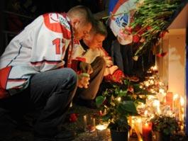 Врачи борются за жизни двоих выживших в катастрофе Як-42