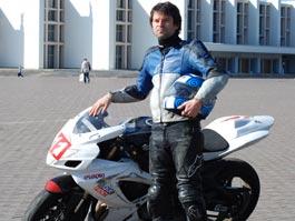Сколько стоит профессионально погонять на мотоциклах в Ижевске