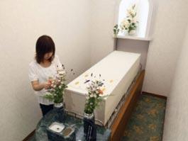 В Японии открыли комфортабельную гостиницу для покойников