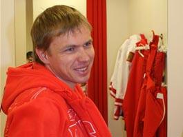 Уроженец Ижевска биатлонист Иван Черезов, получивший травму, успешно прооперирован