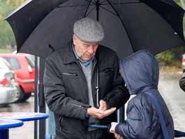 Городские пенсионеры будут получать 36 бесплатных поездок в транспорте ежемесячно