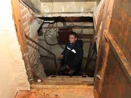 Коммунальная беда в многоэтажке на улице Кирова в Ижевске: Первые этажи грозят провалиться в подвал