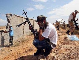 В Триполи нашли два массовых захоронения с жертвами Каддафи