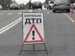 От удара легковушки ижевчанина выбросило под колеса ВАЗ-2114