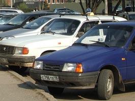 В Ижевске могут запретить парковку машин на оживленных магистралях