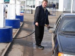 В России бензин продолжает дорожать