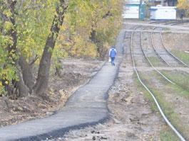 Сити-менеджер Ижевска «в ручном режиме» создал пешеходную дорожку