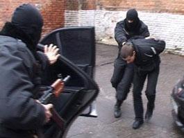 Банда вымогателей 2 года держала жителей Удмуртии в ужасе