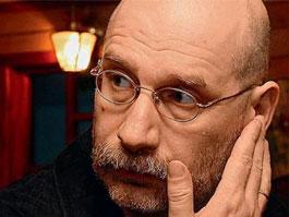 Бориса Акунина заподозрили в экстремизме
