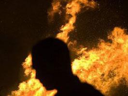 В Удмуртии шизофреник по приказу «голоса свыше» сжег своего отца, мать смогла сбежать