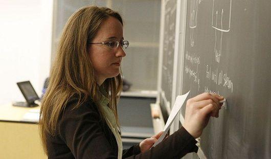 Главы регионов будут нести персональную ответственность за повышение зарплат учителям
