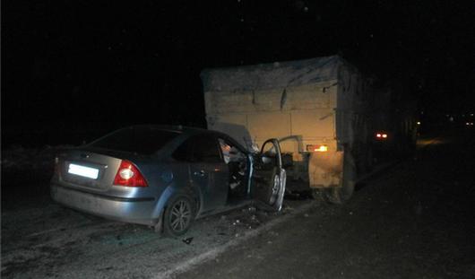 В Удмуртии водитель иномарки после столкновения с КамАЗом  остался цел и невредим