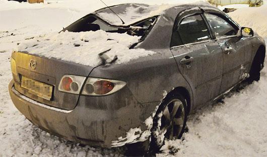 Что делать, если автомобиль пострадал при падении снега?
