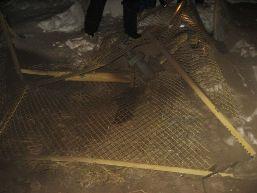 «Легковушка» протаранила газопровод в Камбарском районе