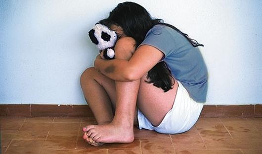 В Удмуртии педофила, который напал на школьницу, отпустили под домашний арест