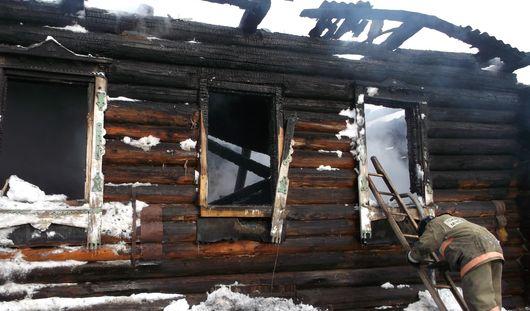 В Удмуртии пенсионерка подожгла дом, где сгорела ее 3-летняя правнучка