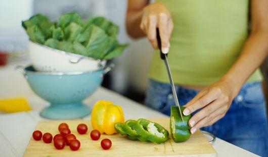 Названы продукты, которые помогут похудеть без диеты