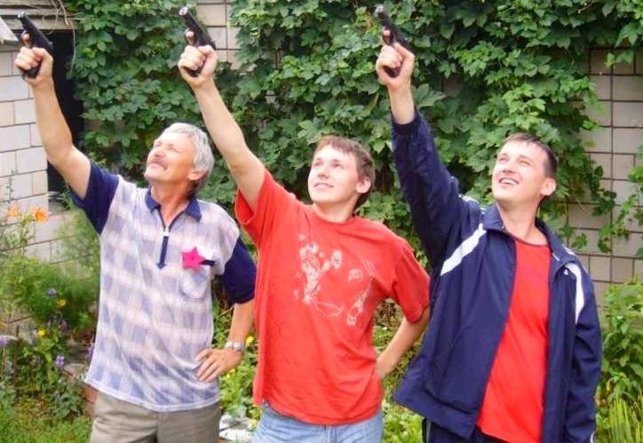 Среднестатистические мужчины и тесный город: о чем сегодня утром говорят в Ижевске