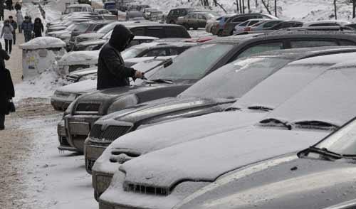 Фотофакт: оттепель в Ижевске сменилась метелью