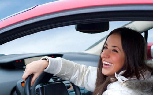 В Ижевске выберут лучшего водителя-женщину