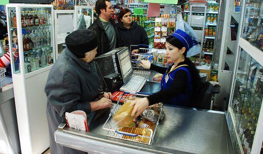 Мошенник похитил 4 тысячи рублей из супермаркета Ижевска