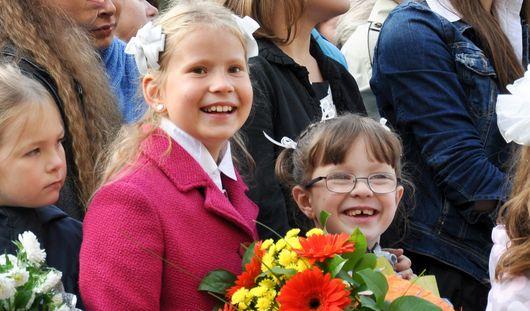Школы Ижевска начали прием первоклассников