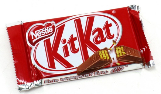 В батончиках KitKat нашли кусочки пластика