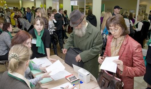 На ярмарке вакансий ижевчанам помогут найти работу