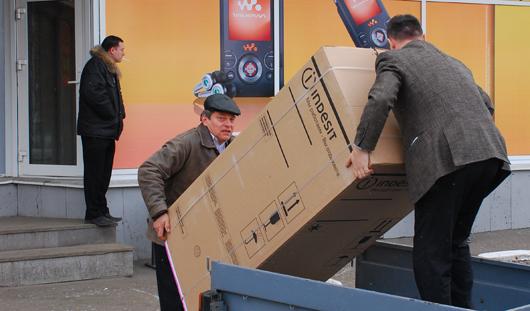 Дурацкий вопрос: для чего ижевским магазинам старые телевизоры и холодильники?