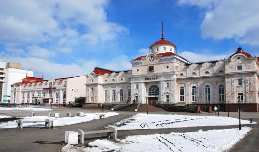 Охранник железнодорожного вокзала Ижевска наказан за мат на работе