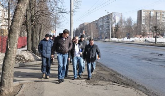 Прогулка Агашина по городу и модные очечи:о чем сегодня утром говорят в Ижевске