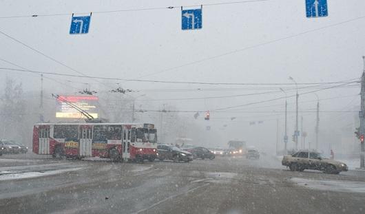 Снег в апреле, задержание экс-директора «Ижмаша»: о чем сегодня утром говорят в Ижевске