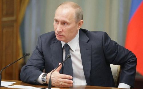 Президент России заработал почти 5,8 миллиона рублей за 2012 год