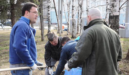 Зарплаты депутатов и предстоящая уборка в городе: о чем сегодня утром говорят в Ижевске