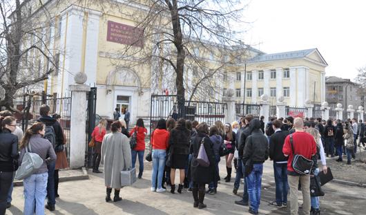 В Ижевске эвакуировали студентов колледжа