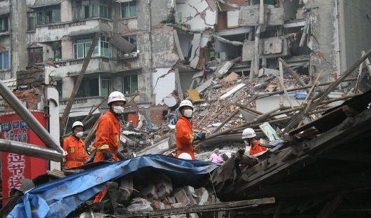 Жертвами землетрясения в Китае стали 40 человек, более 600 ранены