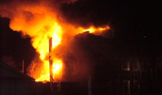 Ижевские пожарные спасли из огня трех пожилых людей